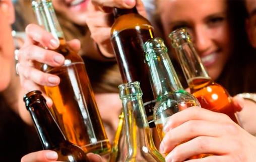 Charla:Los jóvenes y el consumo excesivo de alcohol