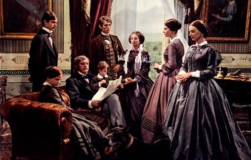 La familia en el siglo XX. Teatro, fotografía, cine