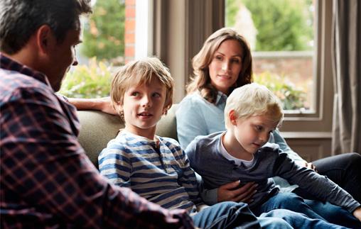 Mesa redonda de Psicología: De Infancias y Adolescencias