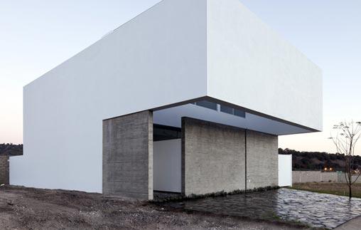 Conferencia: El muro pantalla y la arquitectura introspectiva