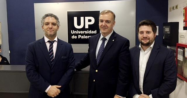 Ricardo Arredondo, Cónsul en el consulado argentino en Los Ángeles, visita la UP