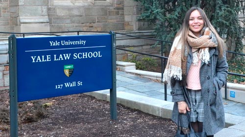 Celeste Elorriaga, alumna de la UP, realizó un intercambio en Yale Law School