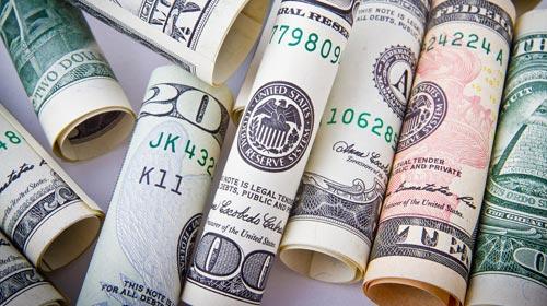 El dólar sigue atrasado: qué esperar hasta fin de año