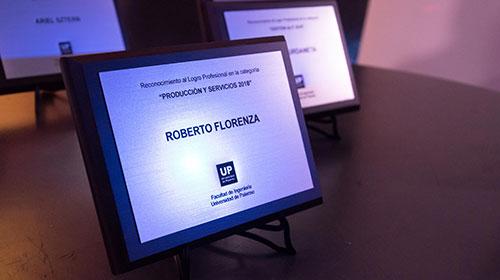 Se homenajeó a egresados UP en la premiación al Logro Profesional 2018