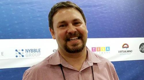 Ariel Sztern, egresado de Informática UP, lanzó un emprendimiento de software para la industria petrolera con clientes en Estados Unidos y Latinoamérica