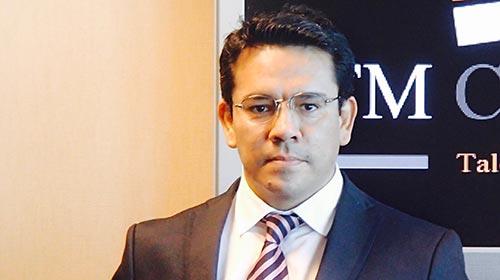 Miguel Toledo, egresado de RRHH UP, fundó una consultora que conduce búsquedas de ejecutivos para Latinoamérica