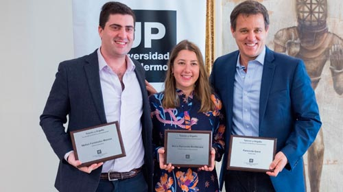 Egresados de la Facultad de Diseño y Comunicación UP recibieron el reconocimiento Talento y Orgullo