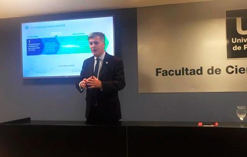 El subsecretario del Ministerio de Hacienda de la Nación disertó en UP sobre el ingreso de Argentina a la OCDE