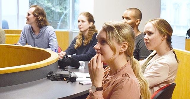 Alumnos de la KTH University de Suecia participaron de una clase magistral en la UP