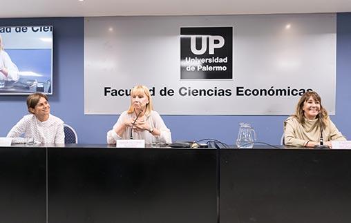 Mujeres líderes compartieron sus experiencias en la UP