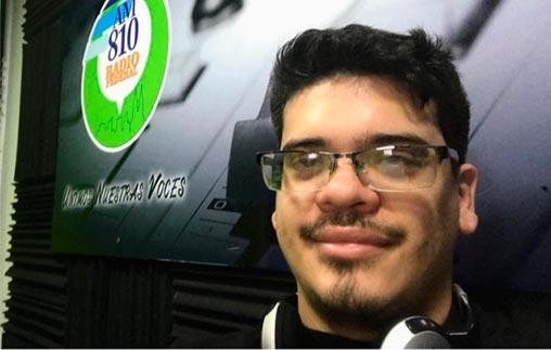 Juan José Cartagenova, periodista deportivo UP, es la voz del programa radial