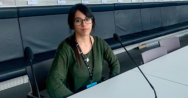 La egresada de Psicología UP,Stephanie Simons, eslíder del área psicoeducativa en una ONG en Berlín
