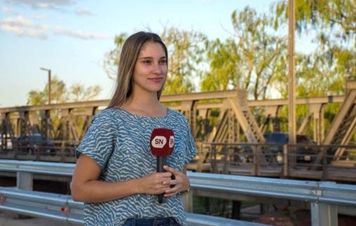 Magalí Dezotti Garnero, egresó de Periodismo UP y se desempeña como conductora de televisión en Córdoba