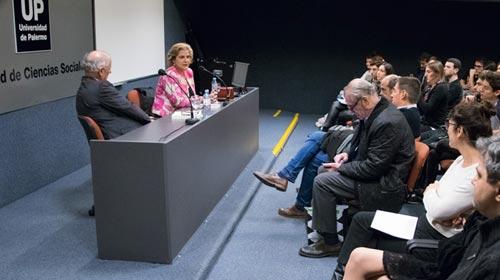 Conferencia de la Licenciatura en Periodismo UP: Las fake news