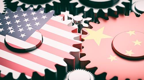 Trasfondo y contexto de una baja de tasa (en EEUU) y una devaluación (en China)