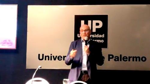 Gustavo Koniszczer disertó en la UP