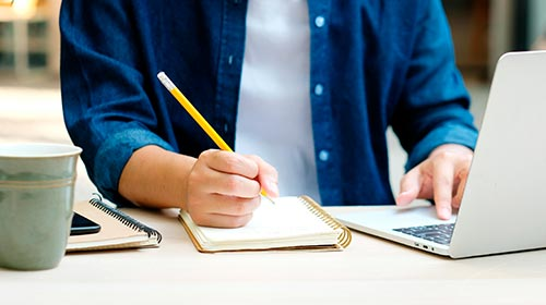 Integrantes de CIVES dictan contenidos para estudiantes de posgrado