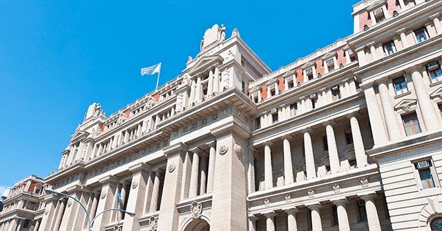 Charla-debate: La pena materialmente perpetua en Argentina. Análisis legal y de la jurisprudencia de la CSJN