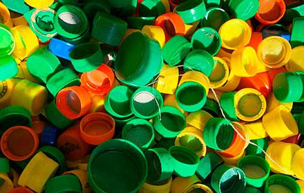 Gran donación de papel y tapitas plásticas al centro de reciclaje del Hospital Garrahan.